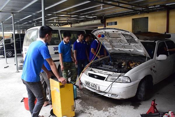 Học sửa chữa điện ô tô mất bao lâu?
