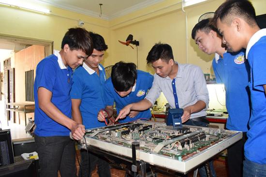 dạy sửa chữa tivi LCD, LED, PLamas uy tín