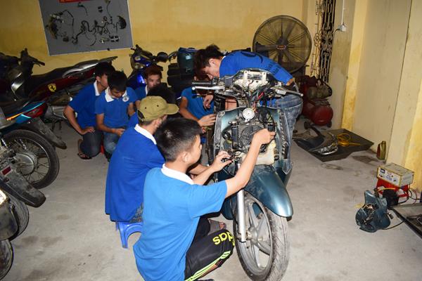 học nghề sửa chữa xe máy tốt nhất hà nội