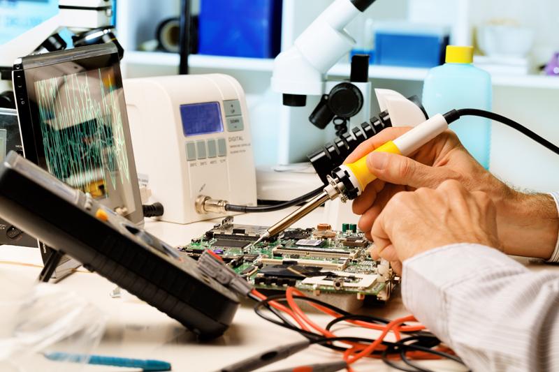 Tuyển giáo viên dạy nghề sửa chữa Điện Thoại