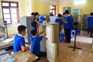 Hướng dẫn học nghề điện lạnh ra mở cửa hàng, dạy nghề thanh xuân 0243.994.3030